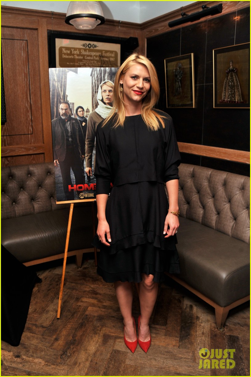 claire danes gets support from hubby hugh dancy at homeland season four 013189784