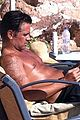 colin farrell goes shirtless soaks up the sun 05