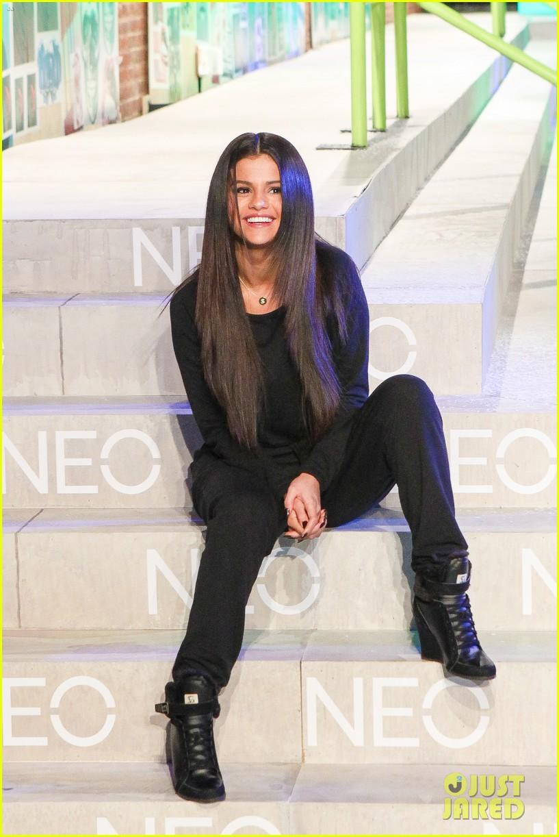 selena gomez adidas neo label show 153188704