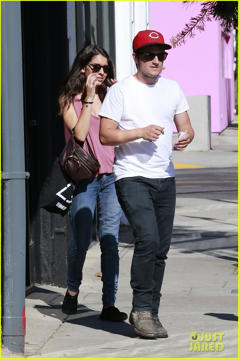 josh dating Though josh elliott is very famous for his successful career in journalism and the local emmy award in ny,  she started dating josh.