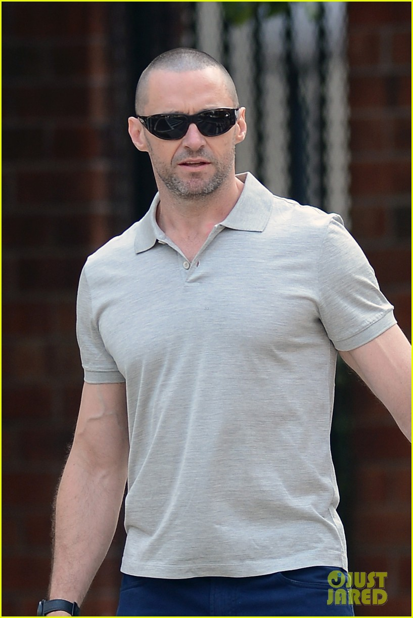hugh jackman looks lovey dovey with wife after shaving his beard 023188445
