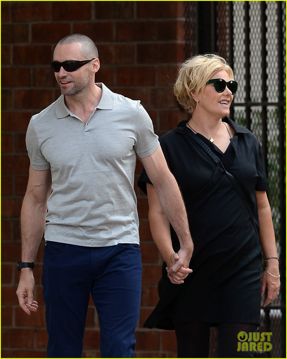 hugh jackman looks lovey dovey with wife after shaving his beard 033188446