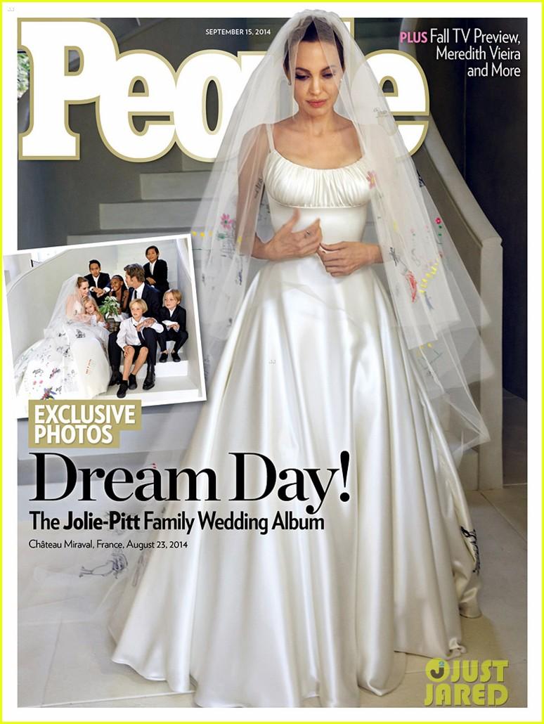 angelina jolie wedding dress 013187557