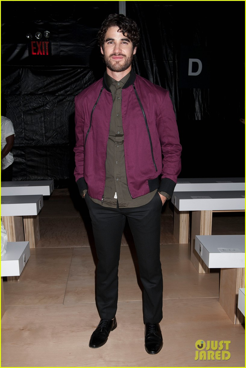 nick joe jonas richard chai fashion show 073189207