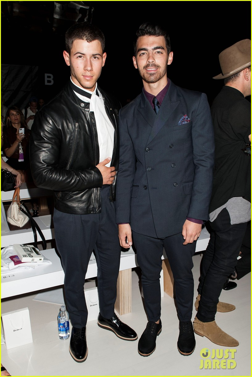 nick joe jonas richard chai fashion show 08