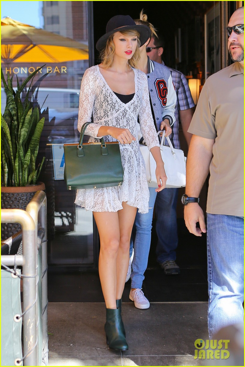 taylor swift karlie kloss the honor bar 083199191