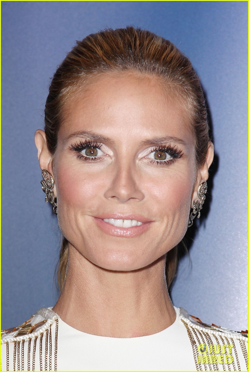 heidi klum americas got talent red carpet show 09