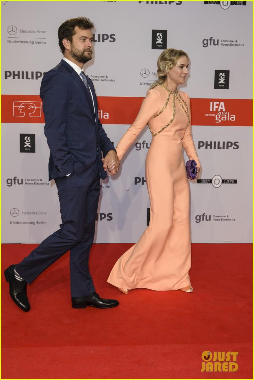 diane kruger geta a star on berlins walk of fame 063189396