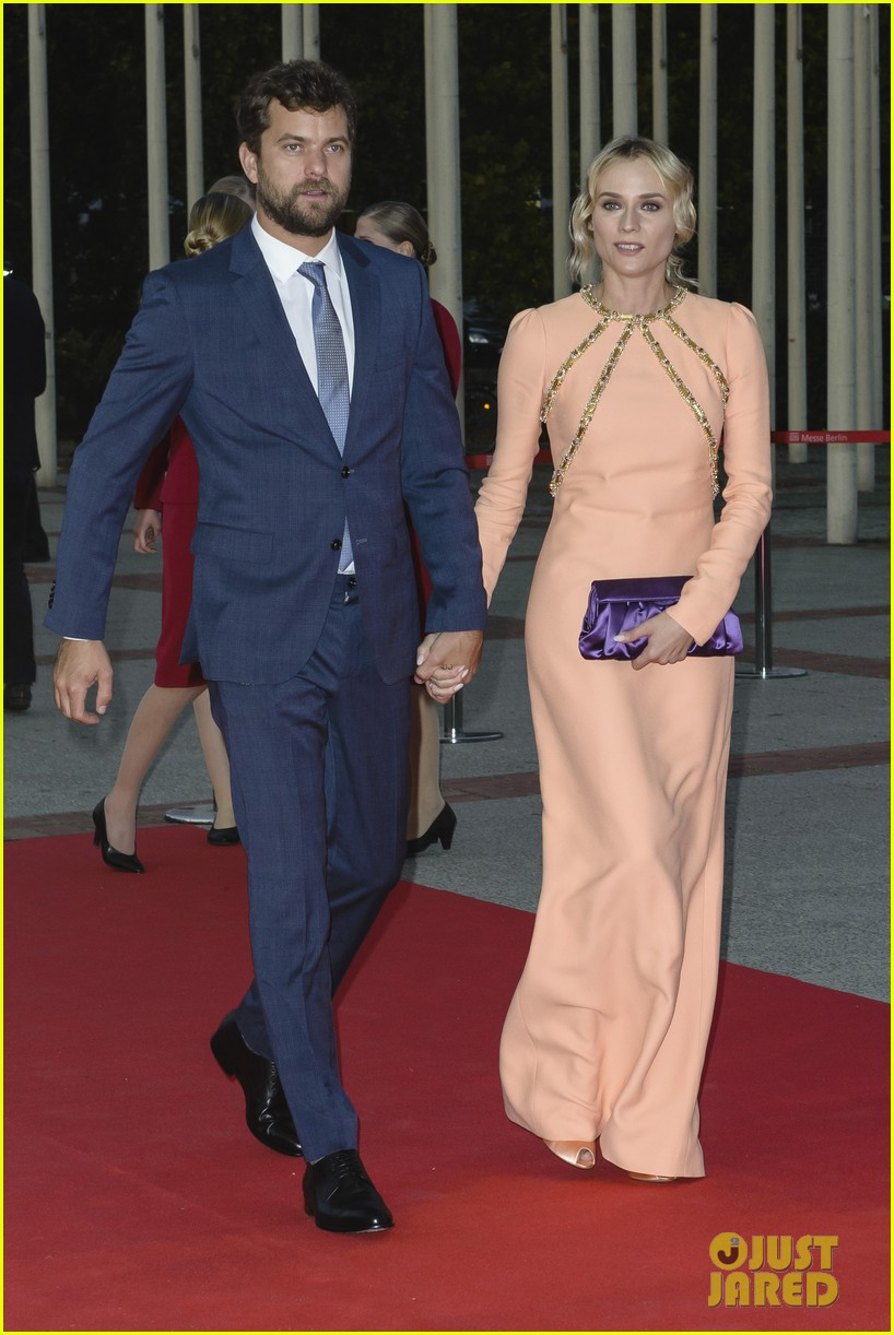 diane kruger geta a star on berlins walk of fame 073189397