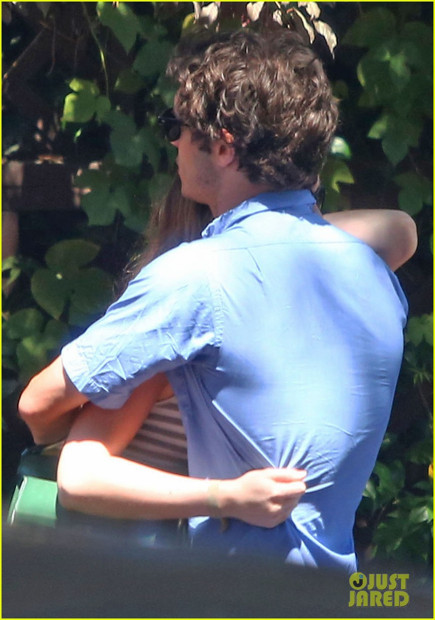 leighton meester adam brody share sweet embrace after lunch 033187287