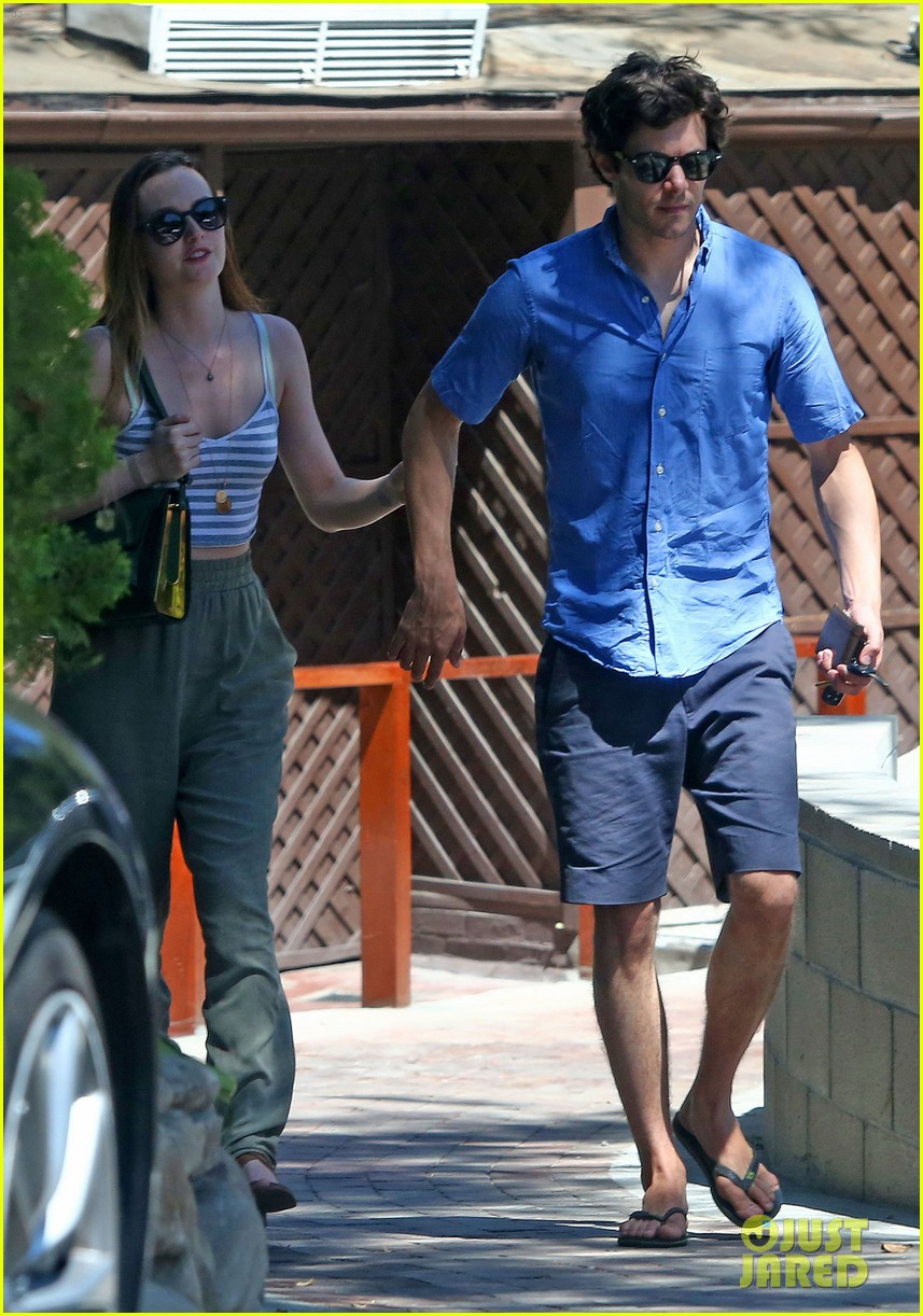 leighton meester adam brody share sweet embrace after lunch 053187289