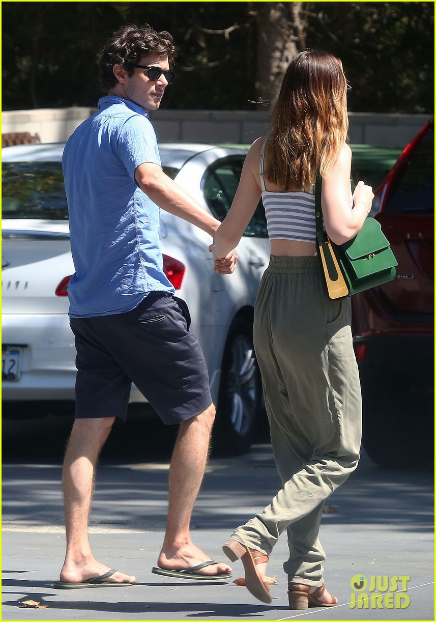 leighton meester adam brody share sweet embrace after lunch 063187290
