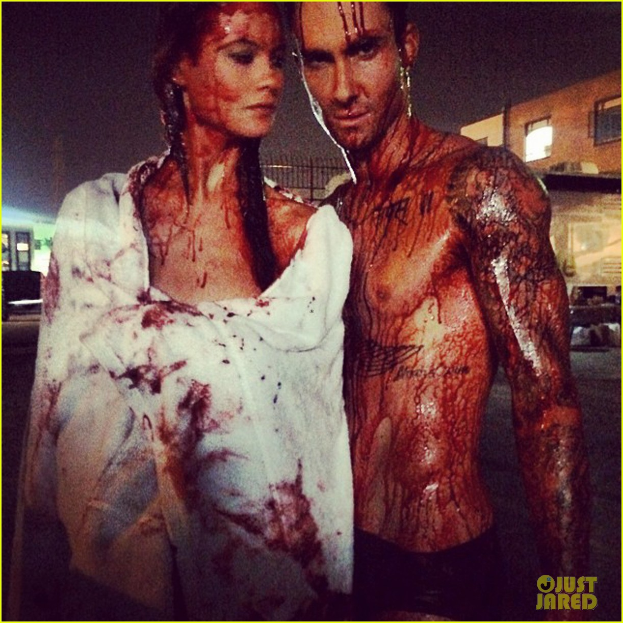 adam levine behati prinsloo bloody animals 043188151