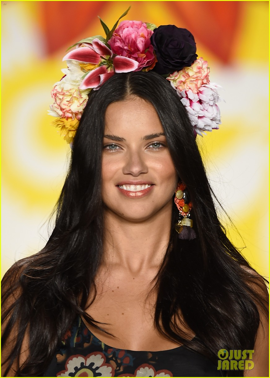 adriana lima walks the runway for desigual fashion show 113189477