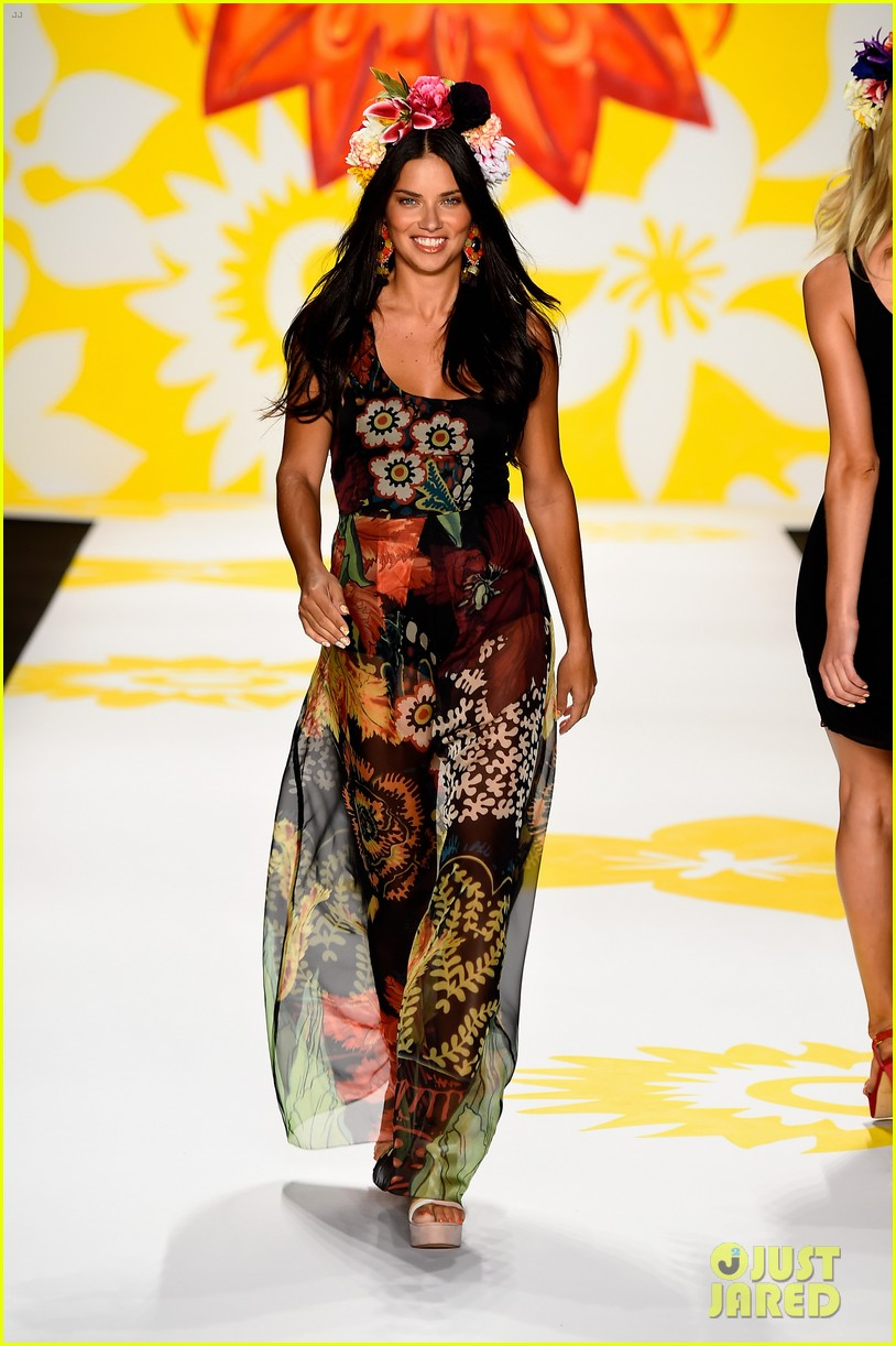 adriana lima walks the runway for desigual fashion show 12
