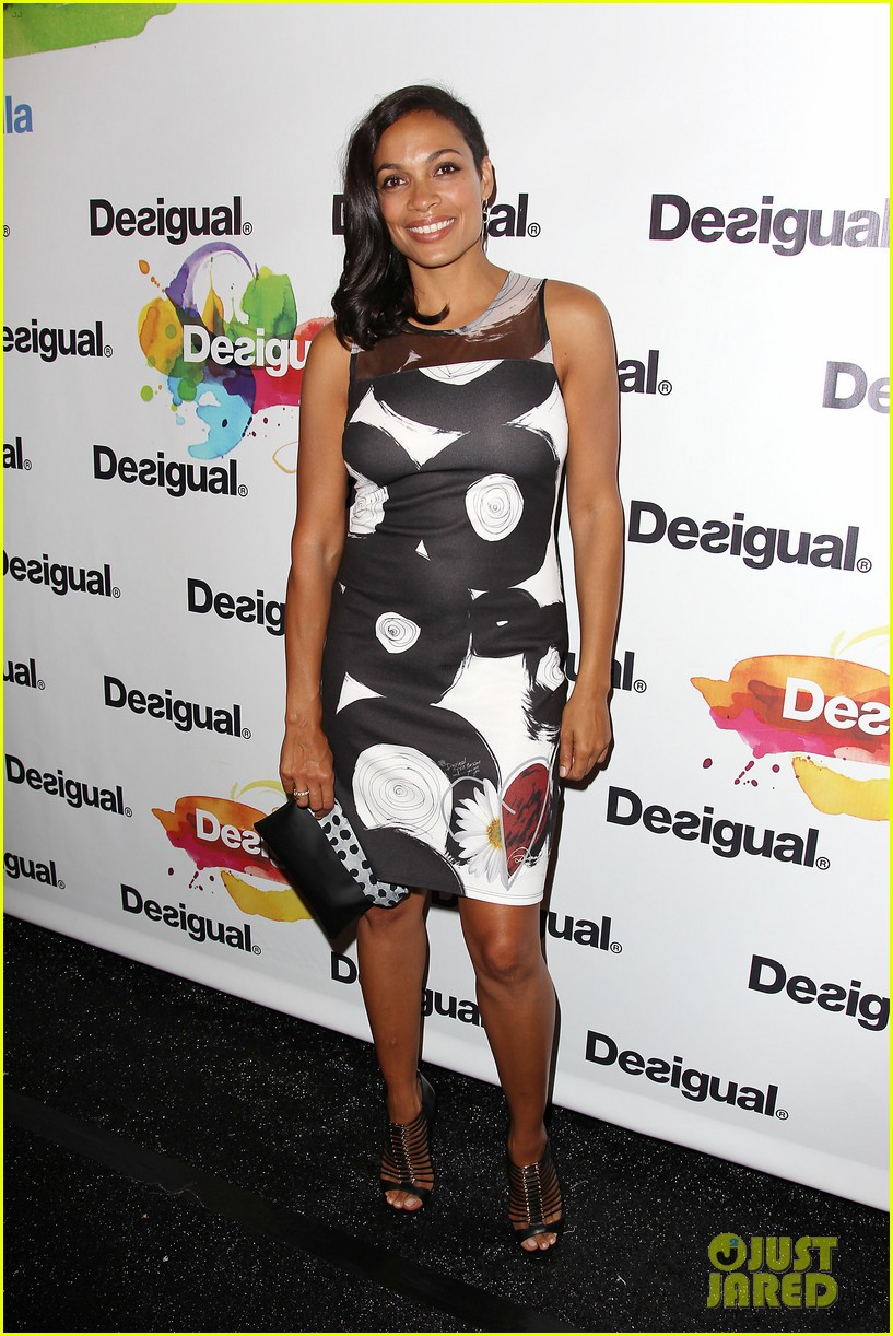 adriana lima walks the runway for desigual fashion show 213189487
