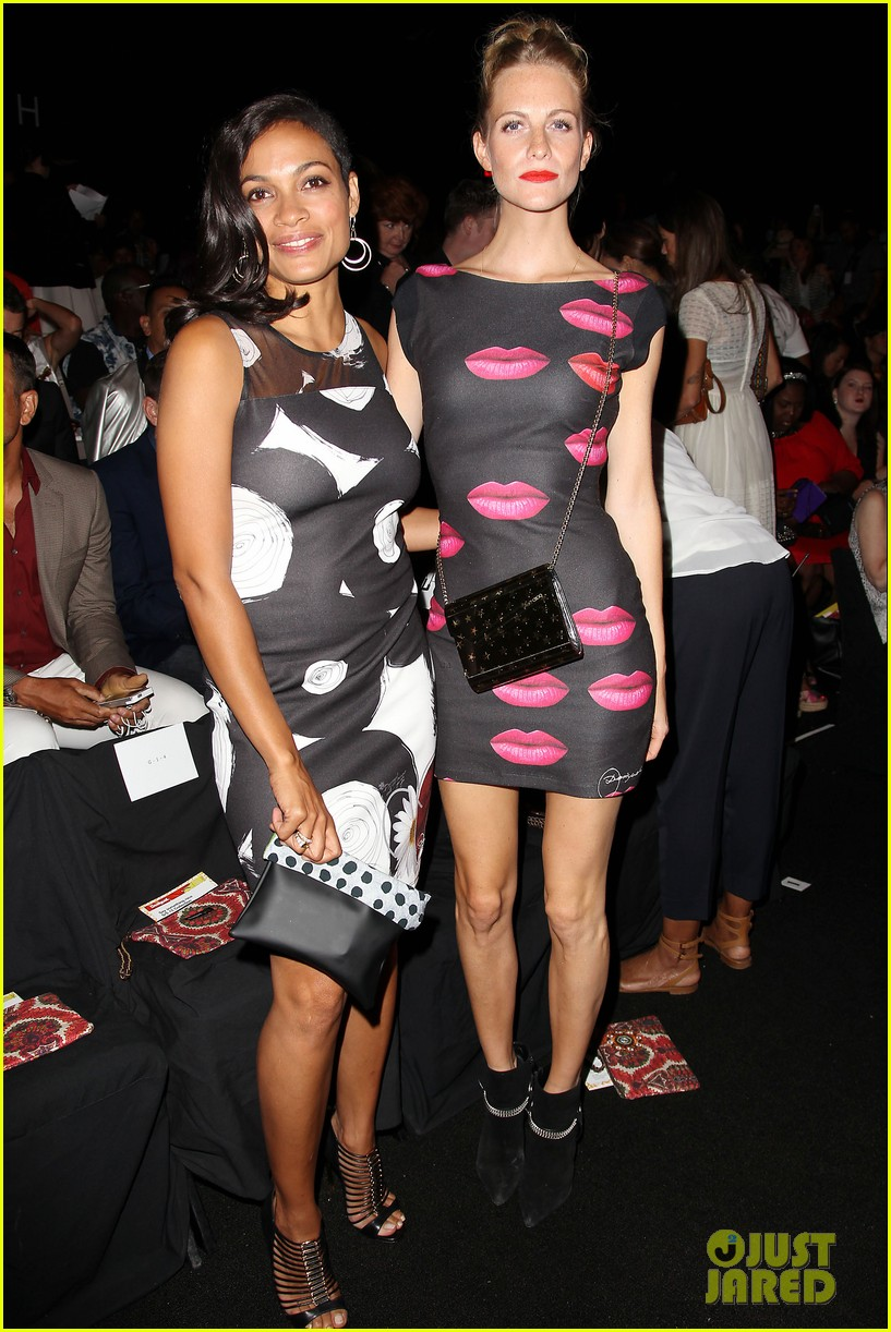 adriana lima walks the runway for desigual fashion show 293189495