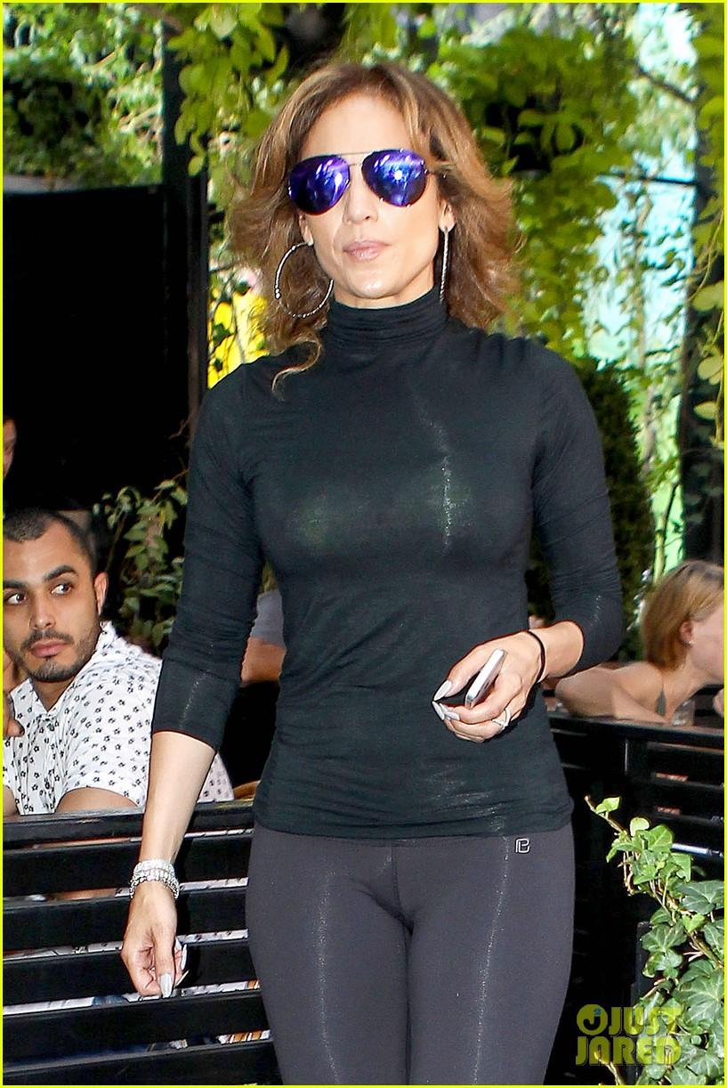 Jennifer Lopez Flaunts Her Best Assets In NYC Photo 3191156 Jennifer Lopez Pictures Just Jared