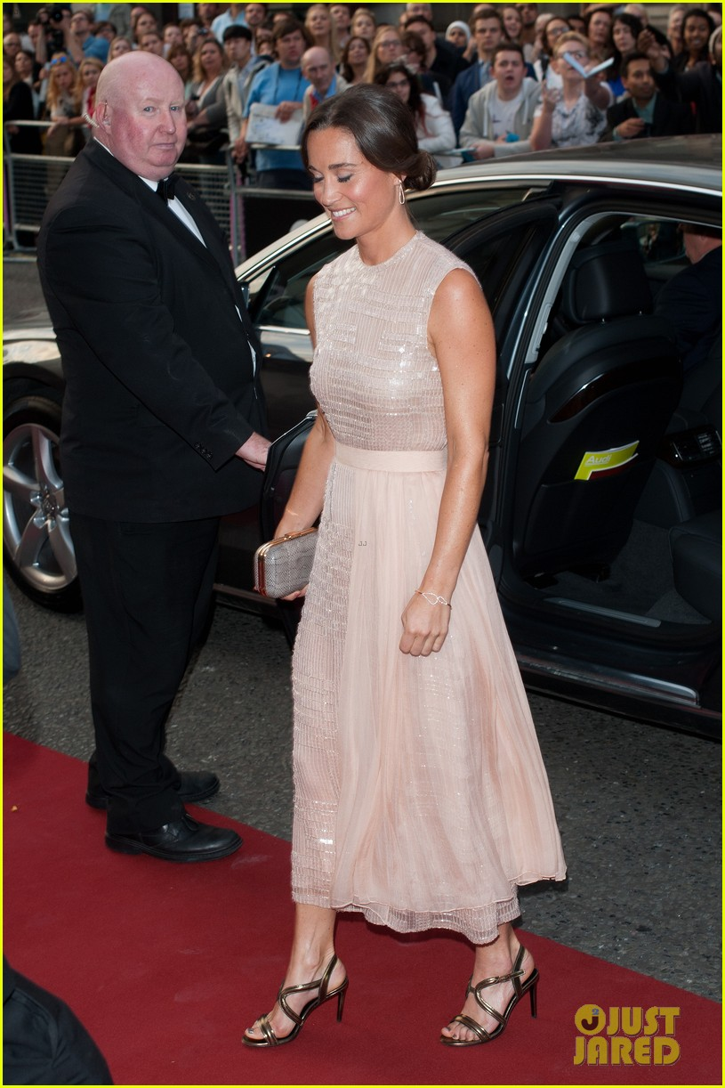 pippa middleton gq men of the year awards 2014 033188098