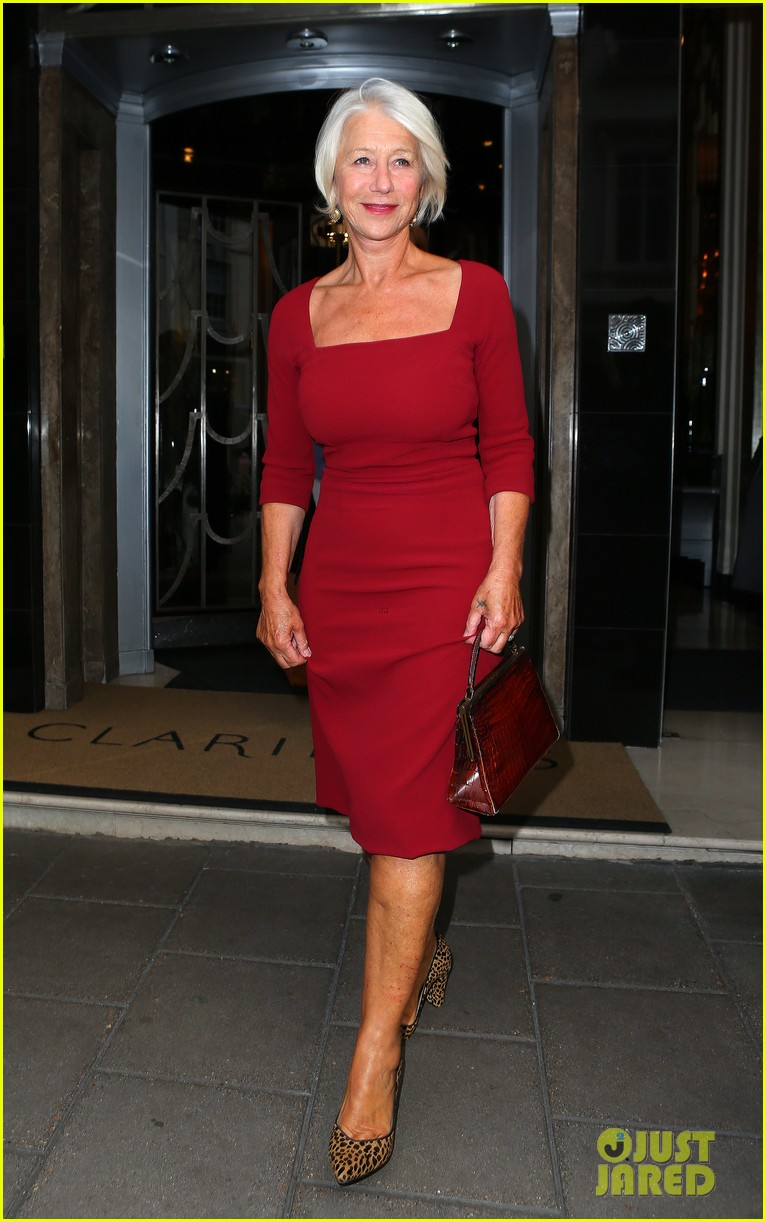 helen mirren is red hot for the gq men of the year awards 2014 02