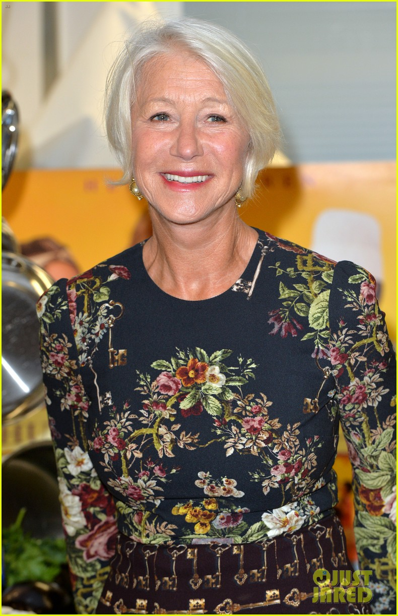 helen mirren is red hot for the gq men of the year awards 2014 123188365