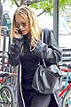 mary kate ashley olsen go casual for nyfw 02