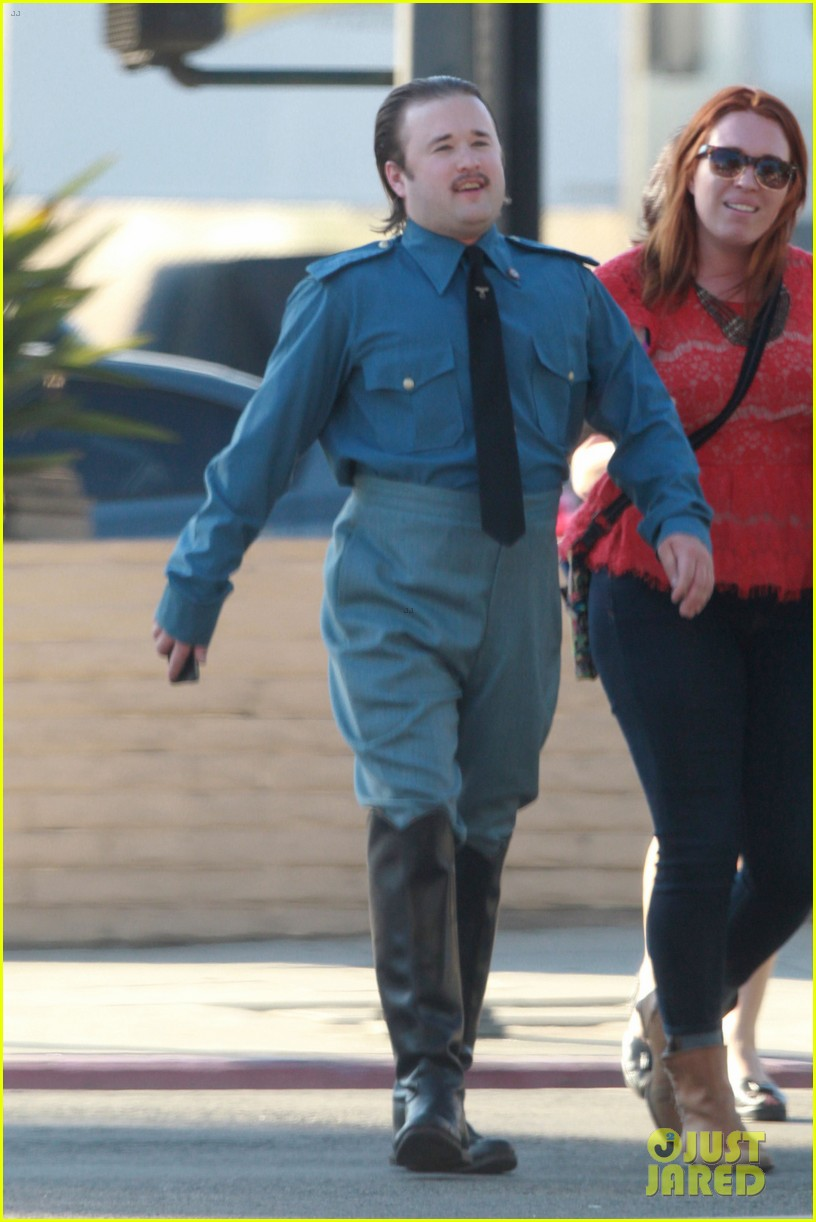 haley joel osment looks unrecognizable as nazi officer 043194334