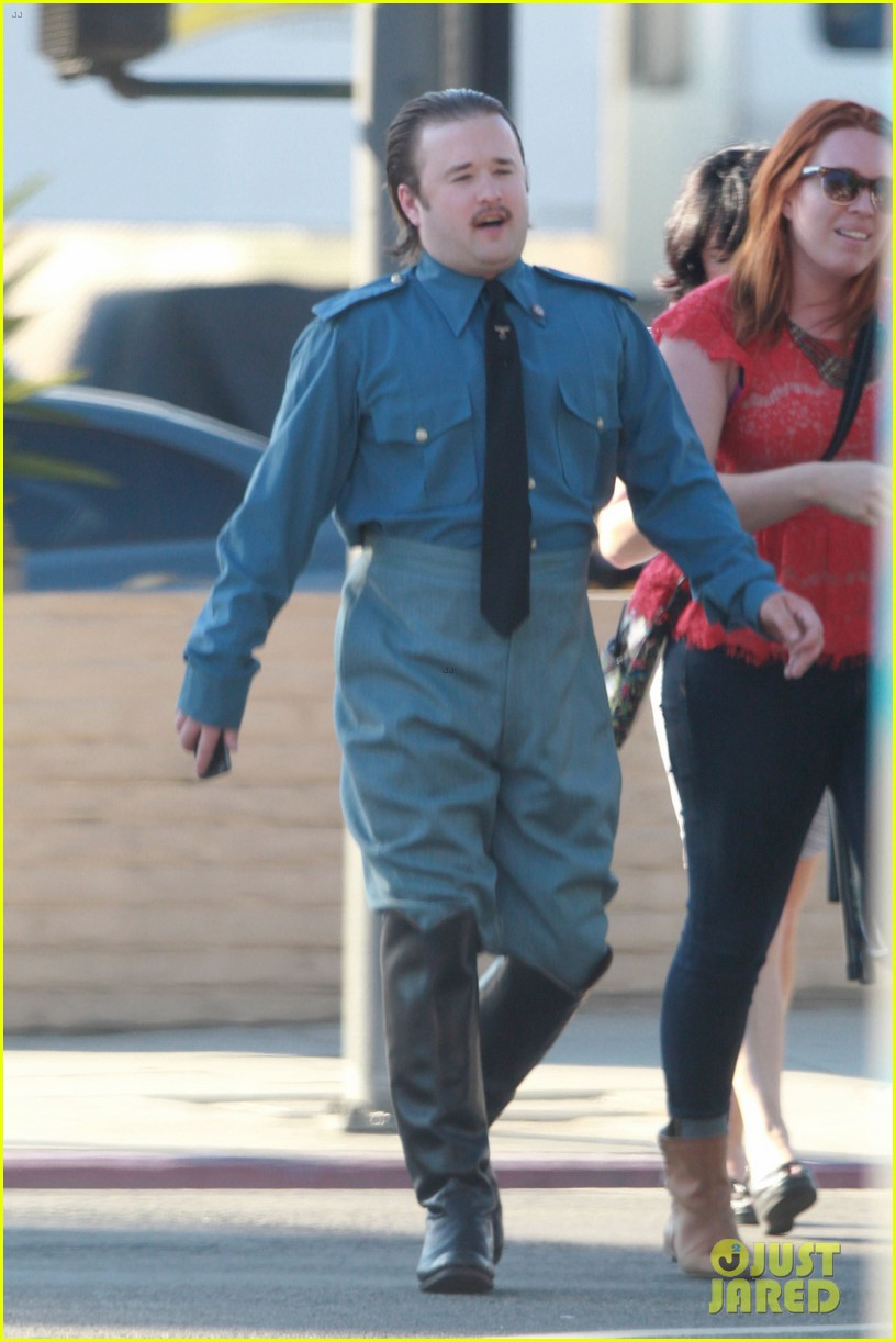haley joel osment looks unrecognizable as nazi officer 053194335
