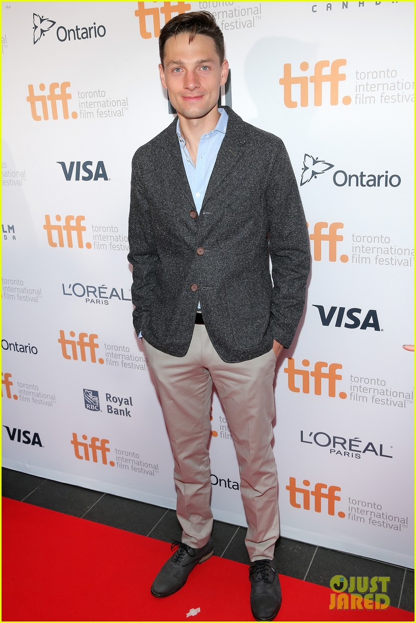 piper perabo gabriel macht put on their best for the tiff gala 2014 093188957