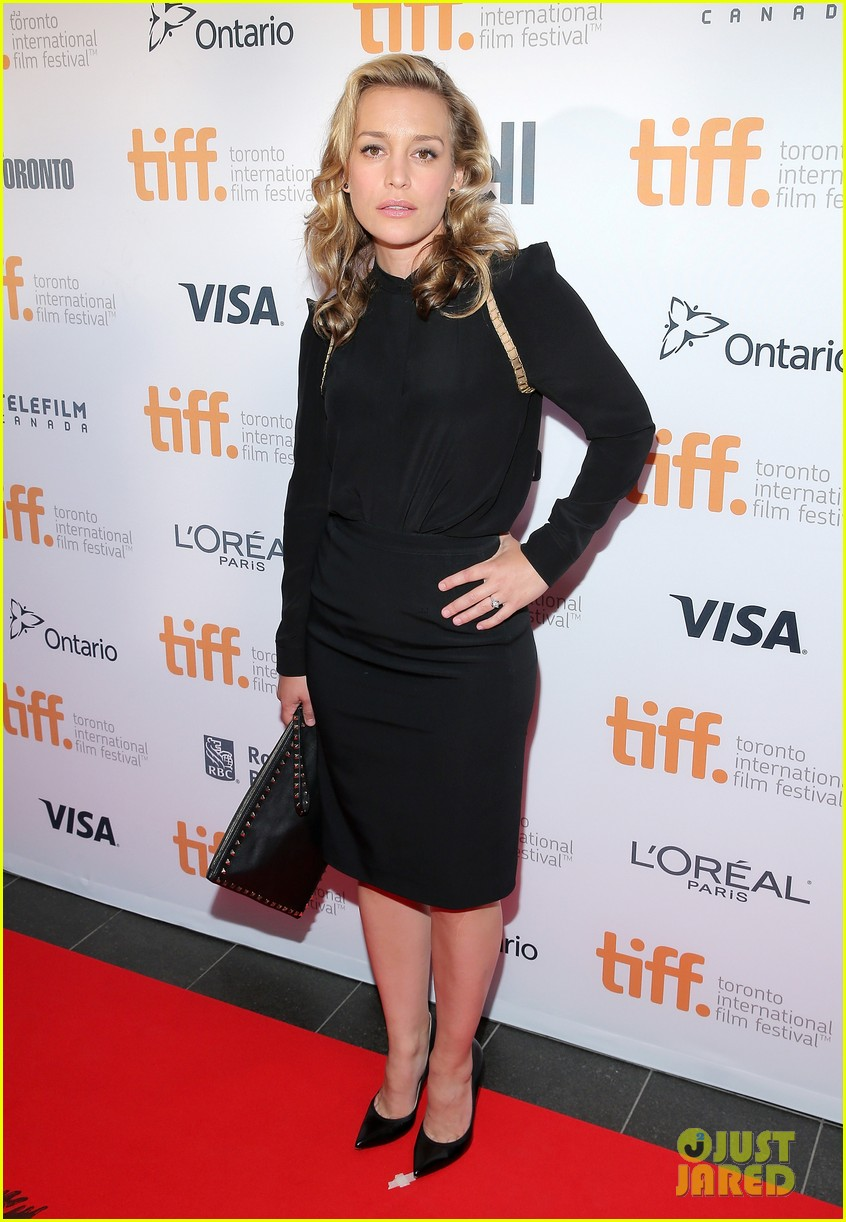 piper perabo gabriel macht put on their best for the tiff gala 2014 103188958