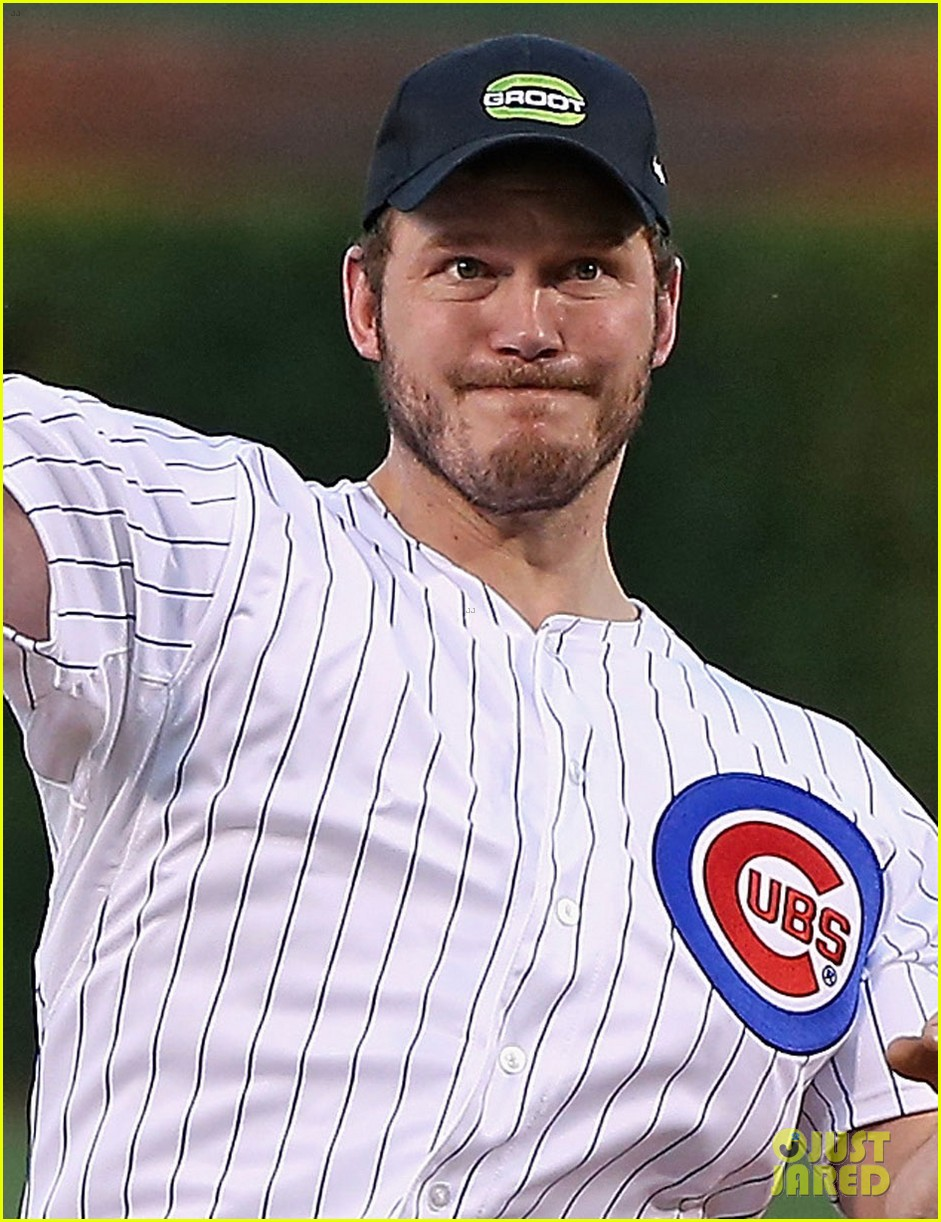 chris pratt chicago cubs game 013189357