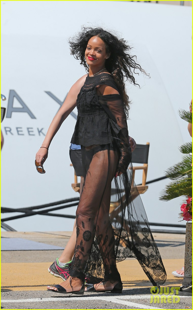 rihanna wears see through cover up on vacation 08