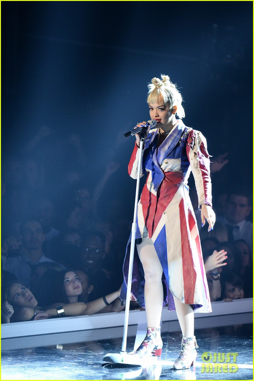 rita ora fashion rock 2014 diesel gold nyfw 123193833