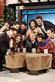 scandal cast takes super selfie with ellen degeneres 06