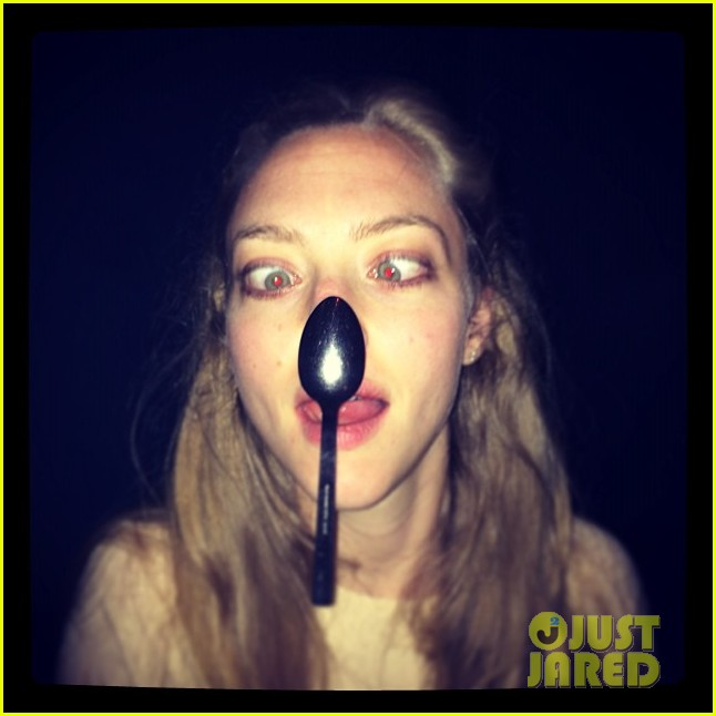 amanda seyfried shares super silly pic after learning to cross her eyes 02