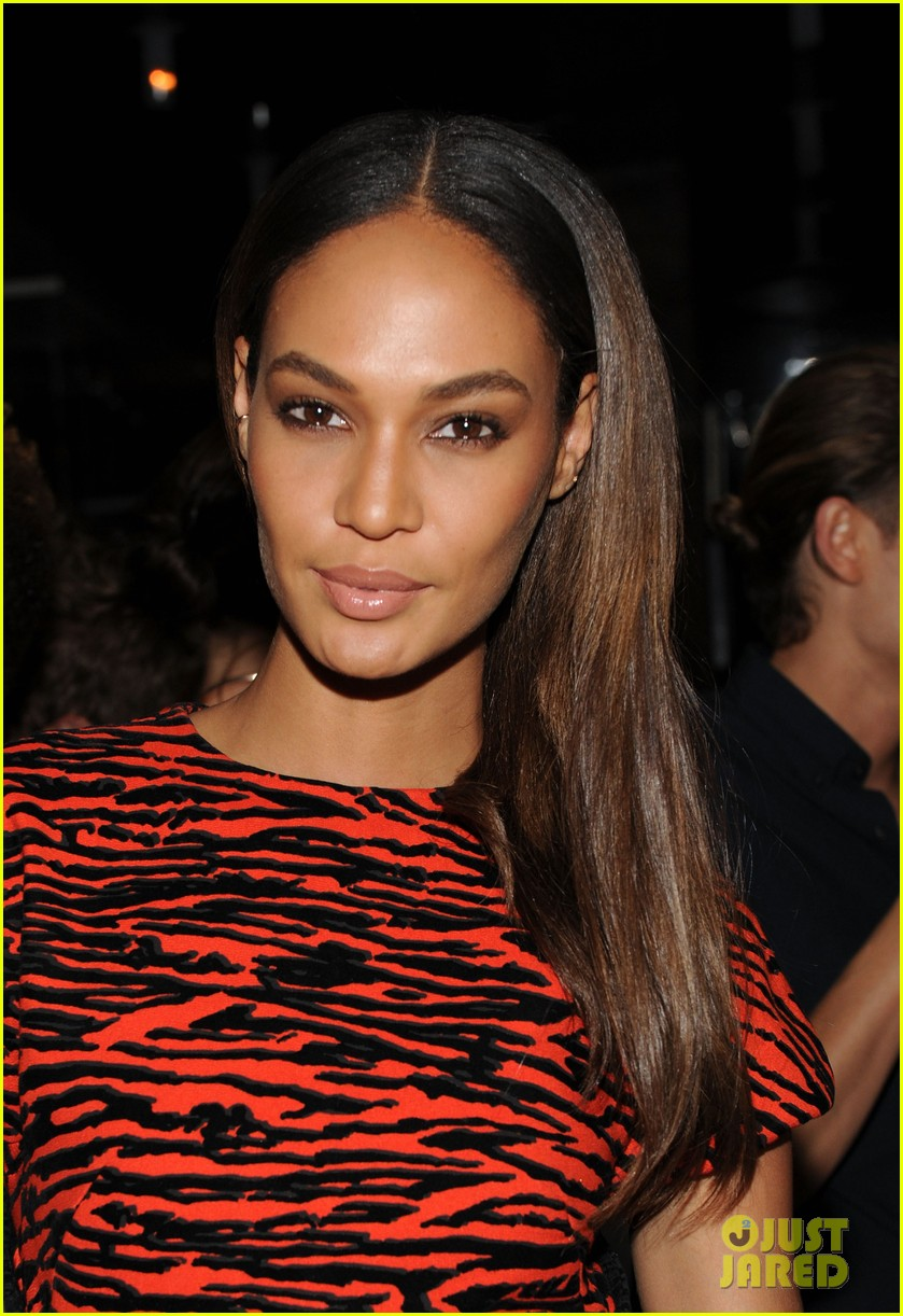 anne v joan smalls support jennifer fischer during nyfw 12