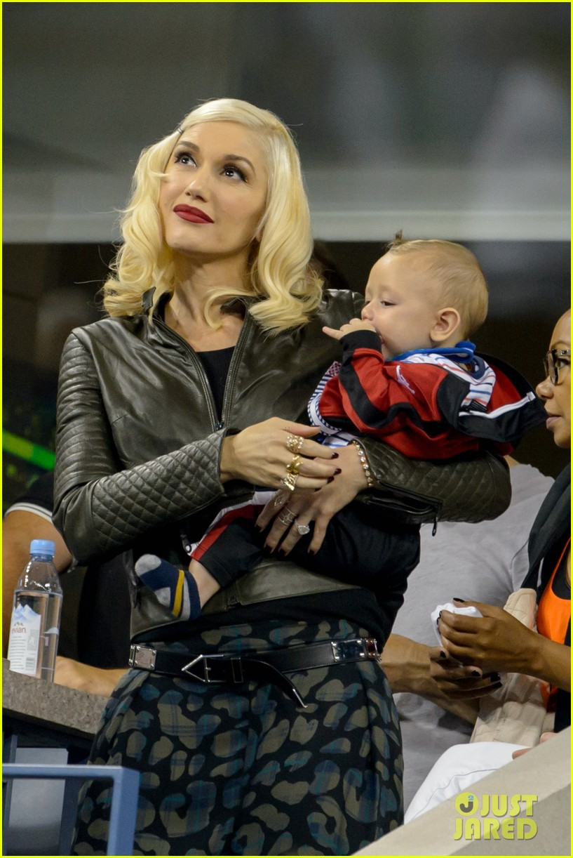 gwen stefani debuts adorably baby boy apollo at the us open 093189913
