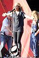 carrie underwood small baby bump for global citzen festival soundcheck 06