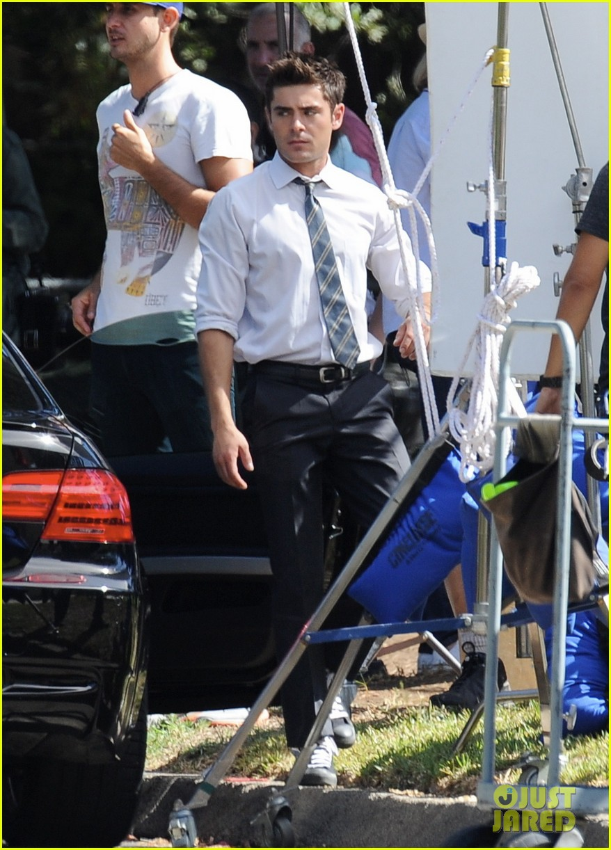 zac efron switches suit we are your friends set 053188087