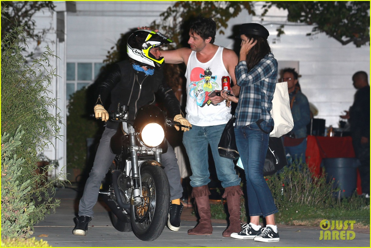 orlando bloom revs up his motorcycle after big halloween party photo 3231506 2014 halloween orlando bloom pictures just jared - Halloween On The Hudson
