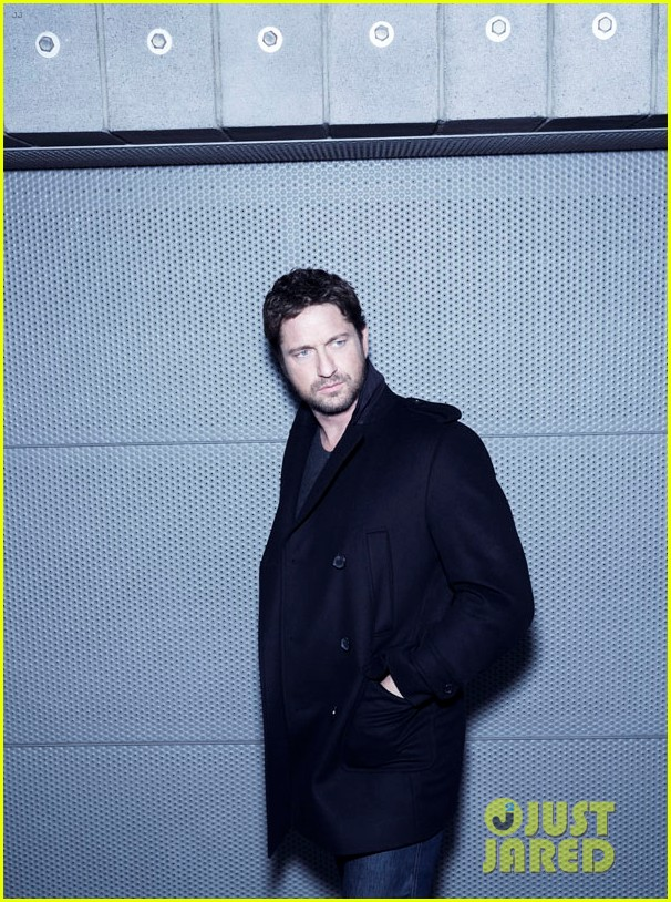 gerard butler launches his new boss bottled campaign 063210740