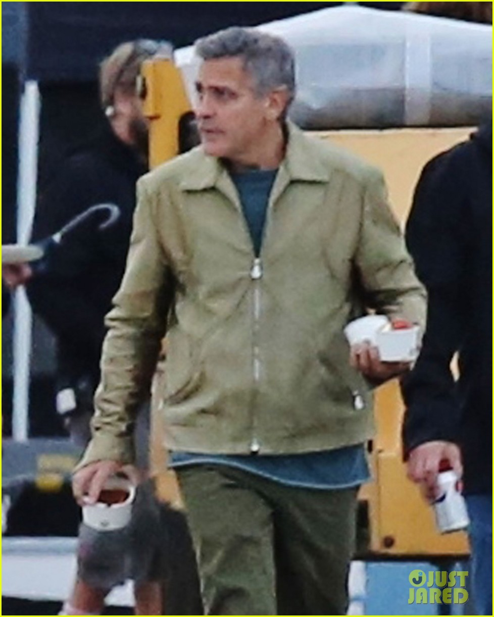 george clooney back to work after wedding 043220778