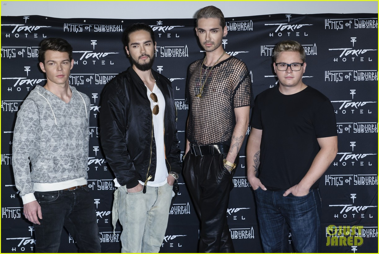 tokio hotel celebrate kings of suburbia release at berlin press 083209672