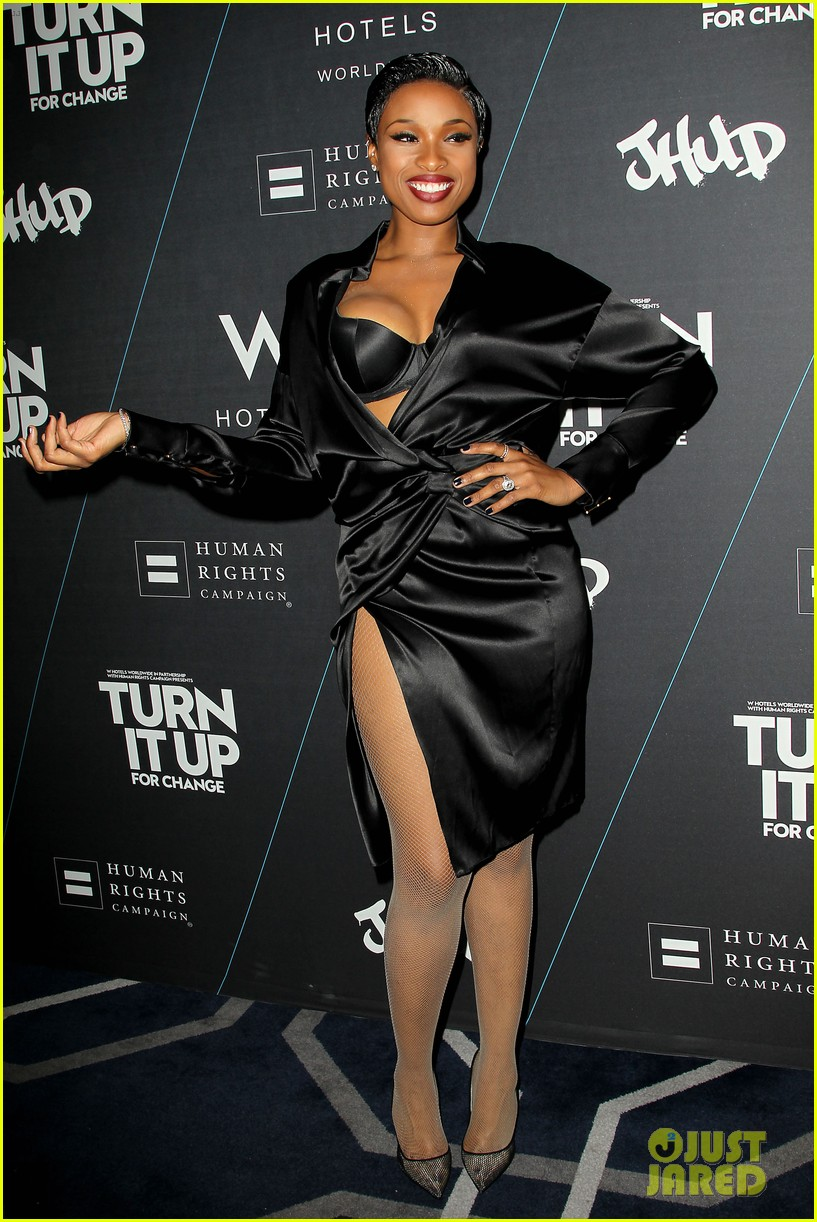jennifer hudson is hotter than ever at turn it up for change 013224506