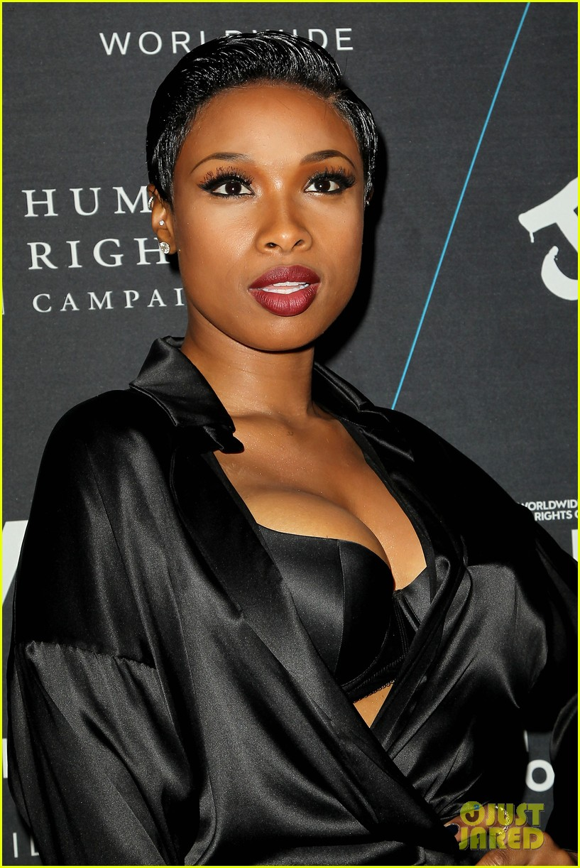 jennifer hudson is hotter than ever at turn it up for change 043224509