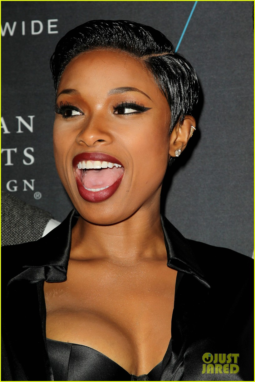 jennifer hudson is hotter than ever at turn it up for change 073224512