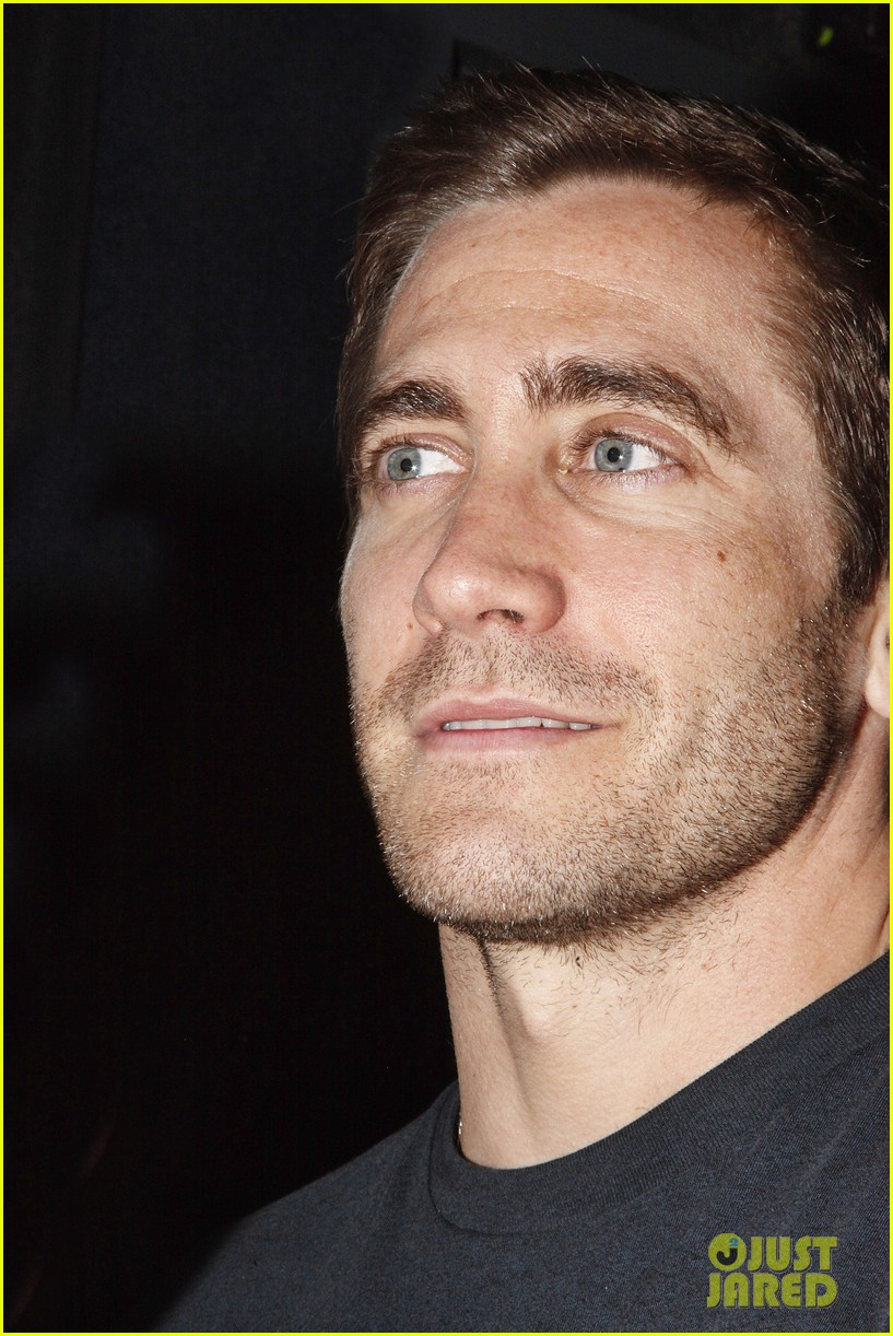 Full Sized Photo of jake gyllenhaal acting selfish ... Jake Gyllenhaal
