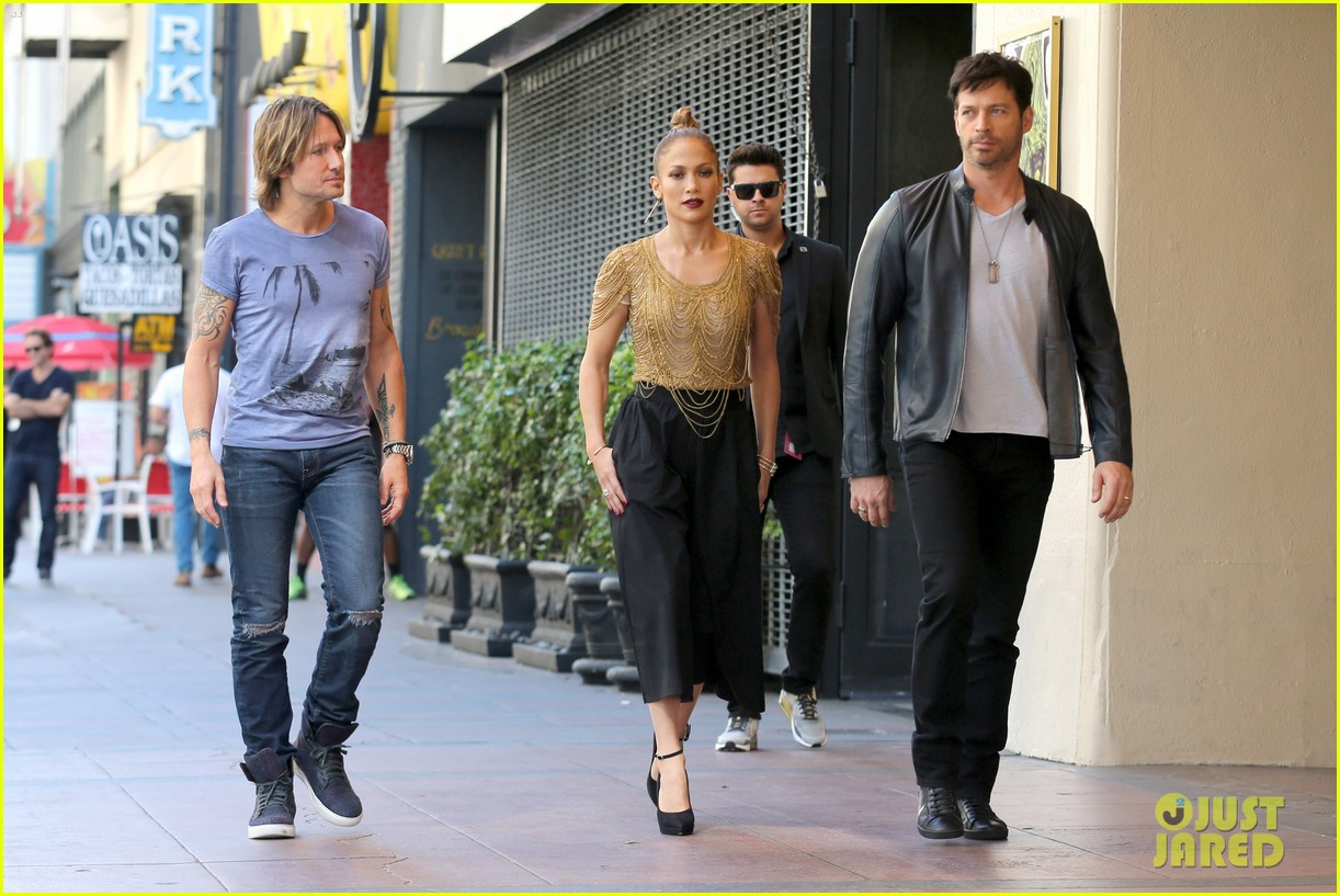 Watch More: Jennifer Lopez Returning to American Idol for 15 Million video