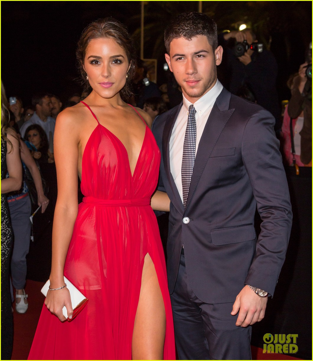 nick jonas dating 2014 He has also appeared television series' last man standing and hawaii five-0 jonas starred in jonas la, a disney channel original series in 2014, jonas.