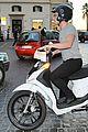 josh hutcherson motorbikes around town 06